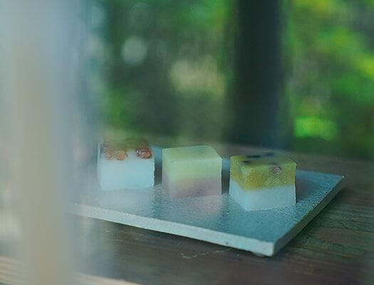 季節のお菓子の写真